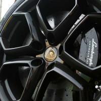 2012-lamborghini-aventador-lp700-4-first-drive-70