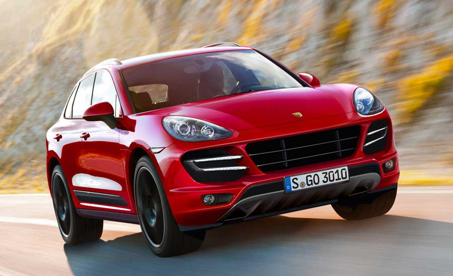 New-2015-Porsche-Macan-Turbo1