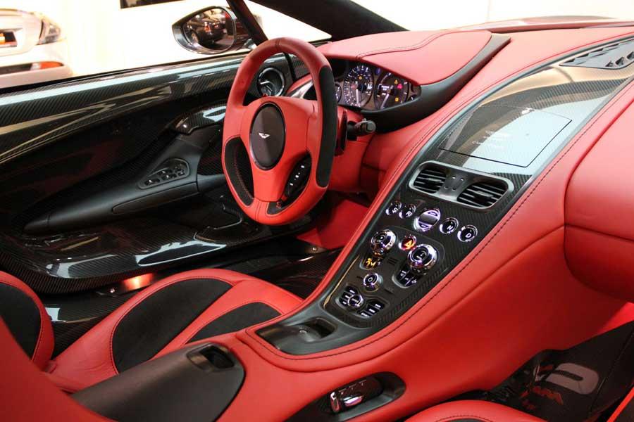 Aston Martin One 77 Akt